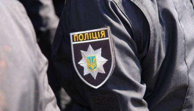 Police detain militant who seized administrative building in Luhansk