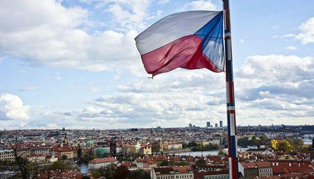 Чехи шлют письма с извинениями за слова своего президента о Крыме