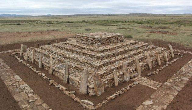 В Казахстане восстановили 3000-летнюю пирамиду