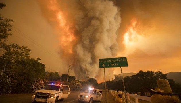 У Каліфорнії вирують лісові пожежі - кількість загиблих зросла до 21