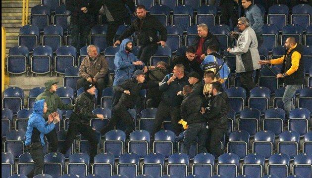 Нардеп, якого побили ультрас, пропонує повернути на стадіони поліцейських