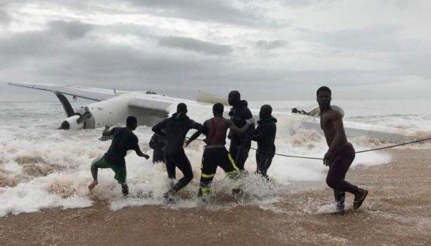 У Кот-д'Івуарі розбився вантажний літак, є загиблі