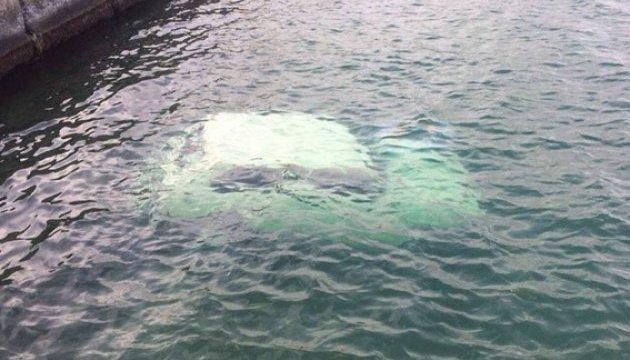 """Смертельний """"круїз"""": на одеському пляжі знайшли авто із мертвим чоловіком"""