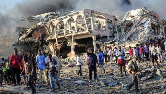 Число жертв взрыва в столице Сомали возросло до 231