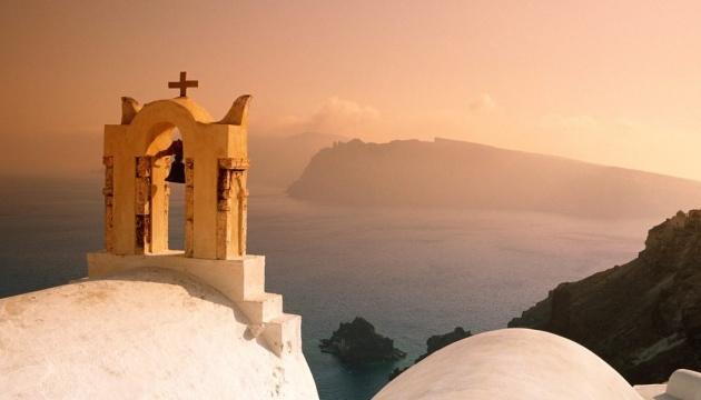 Жителям Греції заборонили колядувати через COVID-19