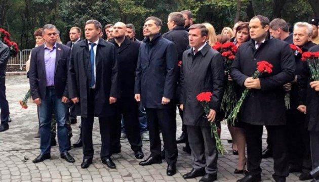 Террорист Захарченко и Сурков открыли в Ростове памятник боевикам