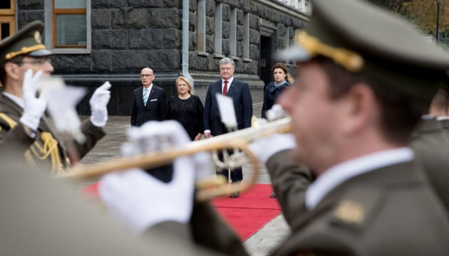 Poroshenko urges Maltese business to open new projects in Ukraine