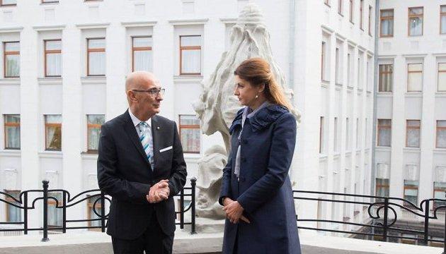 Maryna Poroshenko, Edgar Preca discuss hybrid war against Ukraine