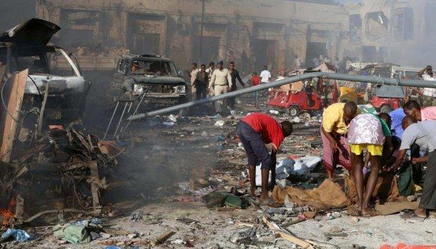 Число жертв взрыва в Сомали увеличилось до 358