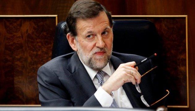 Испанский премьер призвал лидера Каталонии действовать благоразумно