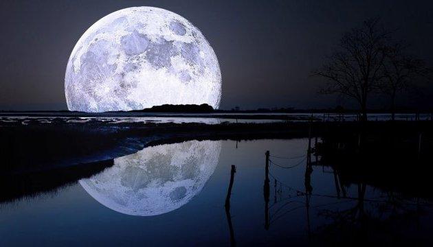 Япония планирует отправить на Луну робота в форме бейсбольного мяча