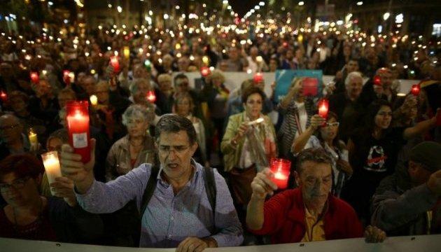 Протесты в Барселоне: лидер Каталонии присоединился к митингующим