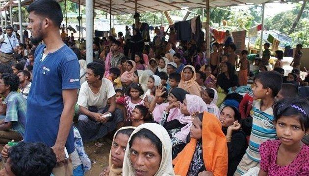 Канада сумнівається, що біженців рохінджа треба негайно повертати до М'янми