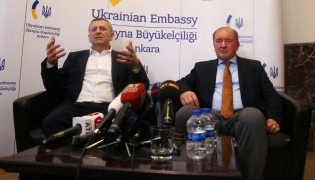 Умерова та Чийгоза мають безперешкодно впустити до Криму - Amnesty