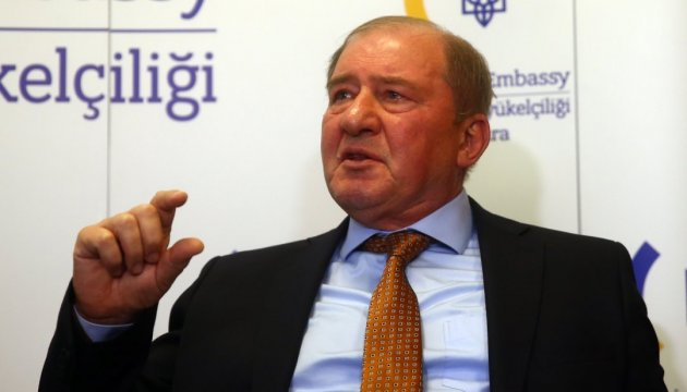 Ilmi Umerov in European Parliament urges not to recognize presidential election in Russia