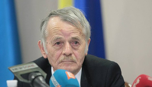Dzhemilev: Pro-Ukrainian population being squeezed out of Crimea