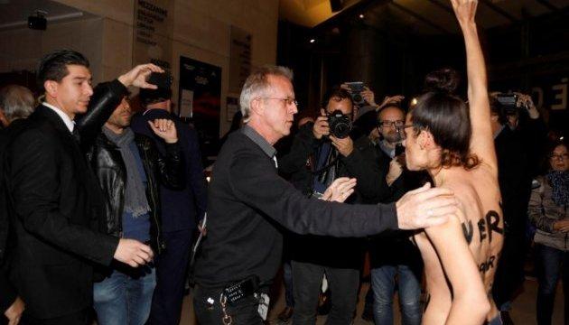 Femen провели акцію проти режисера Поланскі в Парижі
