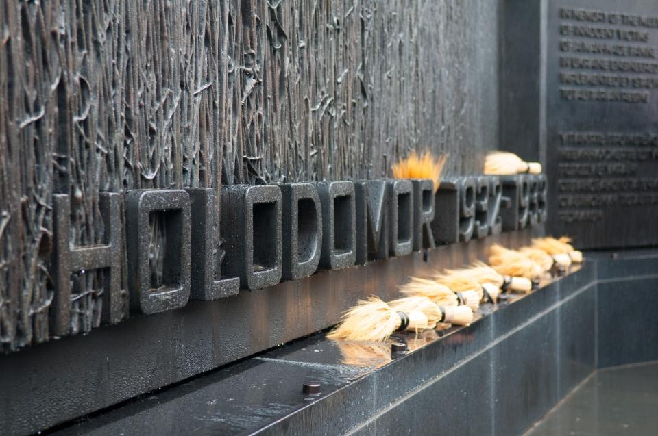 Правительство Великобритании готово признать Голодомор в Украине геноцидом, но только после решения суда, - посольство - Цензор.НЕТ 7469