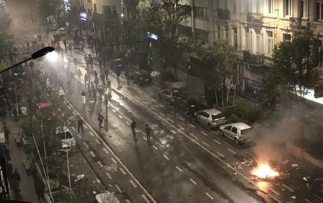 Футбольные фанаты устроили беспорядки вБрюсселе после матча Марокко— Кот-д'Ивуара