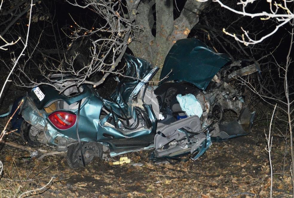 Четверо підлітків розбилися насмерть біля Кам'янського, щеодин в лікарні
