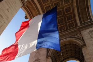 Во Франции бастуют медработники