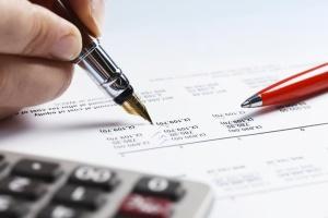 У Польщі податки платять понад пів мільйона українців – ЗМІ
