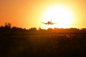 Державіаслужба розгляне заяви трьох авіакомпаній на відкриття сполучення з Тель-Авівом
