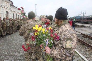 Les militaires de la 14e brigade sont rentrés chez eux (photos)