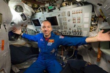 En contacto con el cosmos: El astronauta Randolph J. Bresnik responde a las preguntas de los ucranianos
