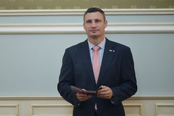 Mayor Klitschko: Kyiv government to continue road repairs in 2018