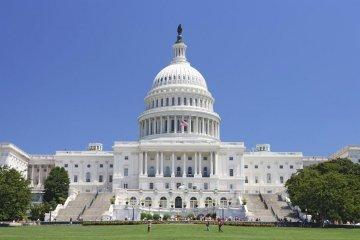 El Congreso estadounidense aprueba presupuesto de defensa con $350 millones para Ucrania