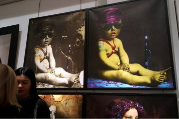 Works by Ukrainian artists Babak and Matveev presented at Broadway. Photos