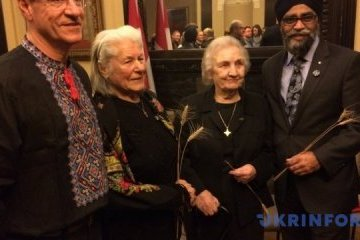 Canadian parliament honors Holodomor victims