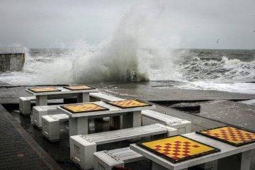 Des vagues houleuses s'abattent sur Odessa (photos)