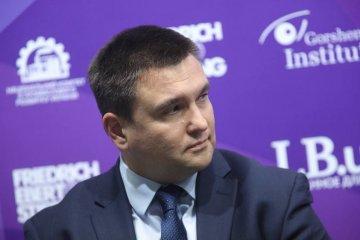 Klimkin comenta sobre la decisión del COI: Ahora tenemos las sanciones deportivas contra Rusia