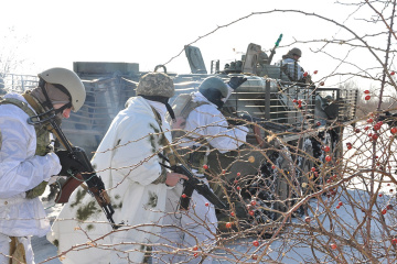 Im Donbass drei Soldaten verletzt