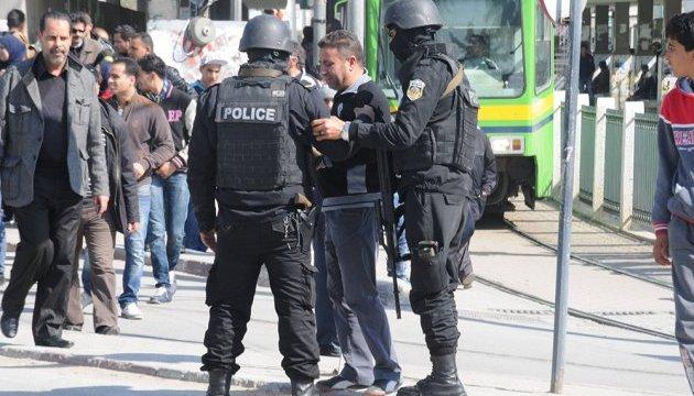 Протесты в Тунисе: есть погибший и пострадавшие