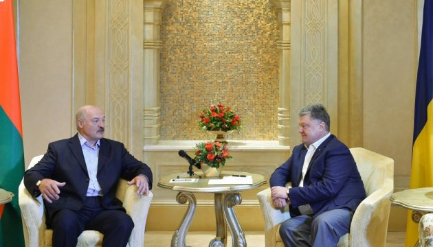 Poroshenko, Lukashenko discuss preparations for economic forum in Gomel