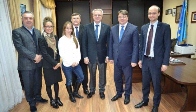 Мінмолодьспорту обіцяє успішно провести в Україні юніорський чемпіонат світу з хокею-2018