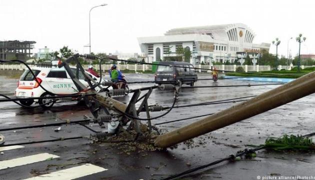 Кількість жертв тайфуну у В'єтнамі збільшилася до 49