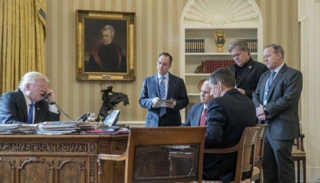 Вибори у США: щонайменше 9 помічників Трампа контактували з росіянами