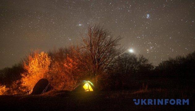 Японці створять туристичну карту місць для спостереження за зірками