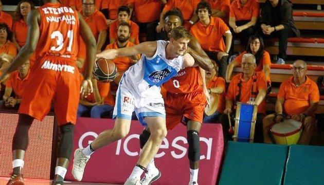 Баскетбол: українець Пустовий лідирує у чемпіонаті Іспанії за блок-шотами