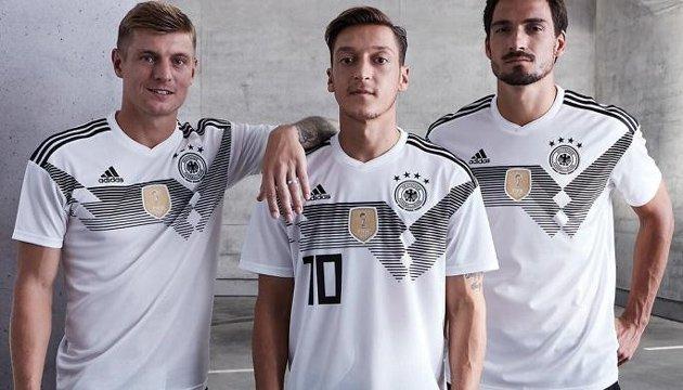 Німеччина, Аргентина і Бельгія презентували футбольну форму на ЧС-2018