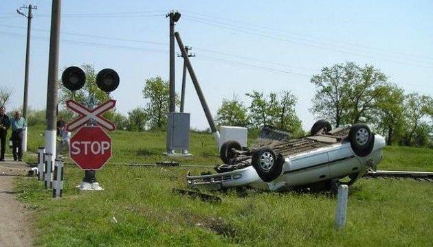 Укрзалізниця заявляє про 72 ДТП з вини водіїв