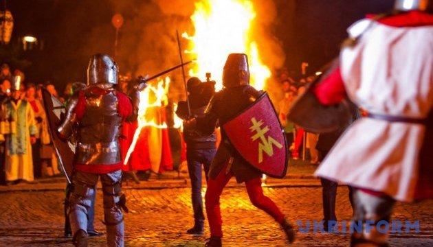 День Святого Мартина в Мукачеві зустрінуть із 30-літровою бочкою вина