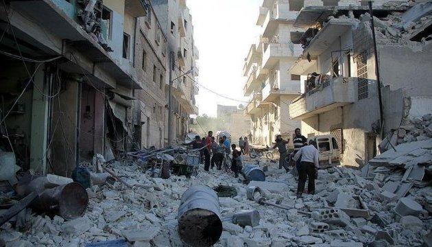 Сили Асада скинули понад 5,3 тисячі бочкових бомб з початку року - SNHR