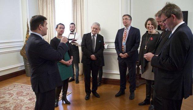 Клімкін закликав іноземних дипломатів вивчати українську