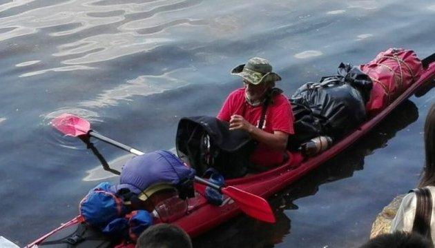 Український мандрівник провів у відкритому морі кілька діб без їжі і сну