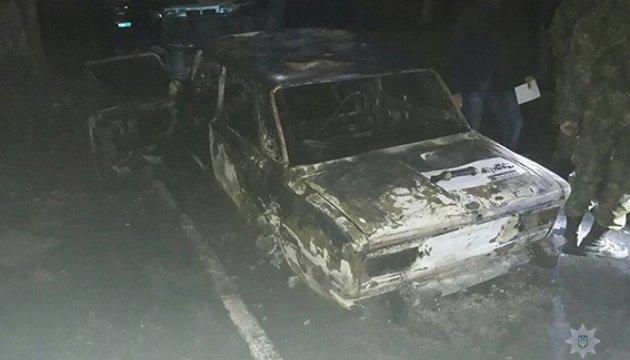 У Жовтих Водах вистрілили з гранатомета в авто з поліцейськими